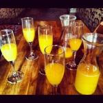 endless_mimosas_brunch_otis_lounge