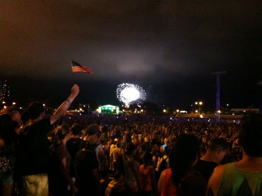 The epic ending to our first Lolla night.